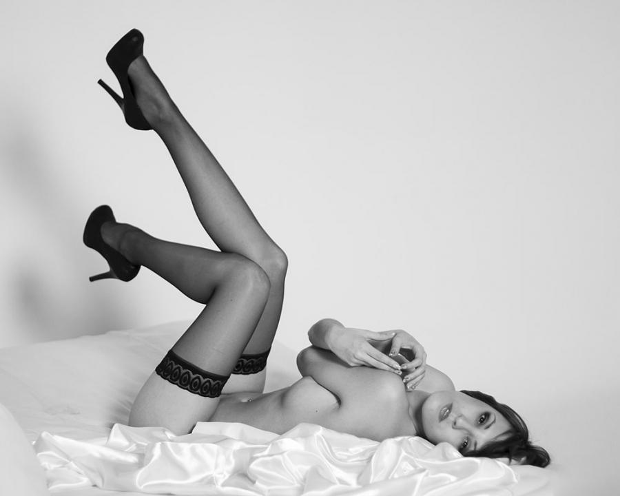 Fotografía de desnudo tomada en Argos estudio
